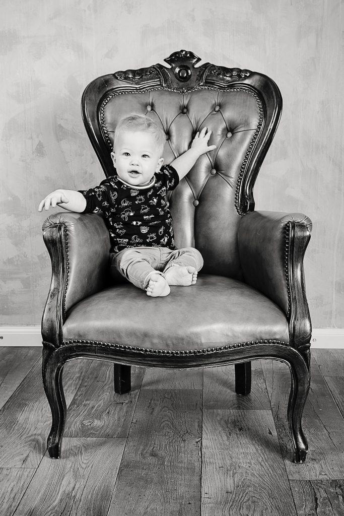 Maartje Maakt newbornfotograaf Echt en kinderfotograaf in Limburg met vintage retro stijl en luxe fotoproducten17